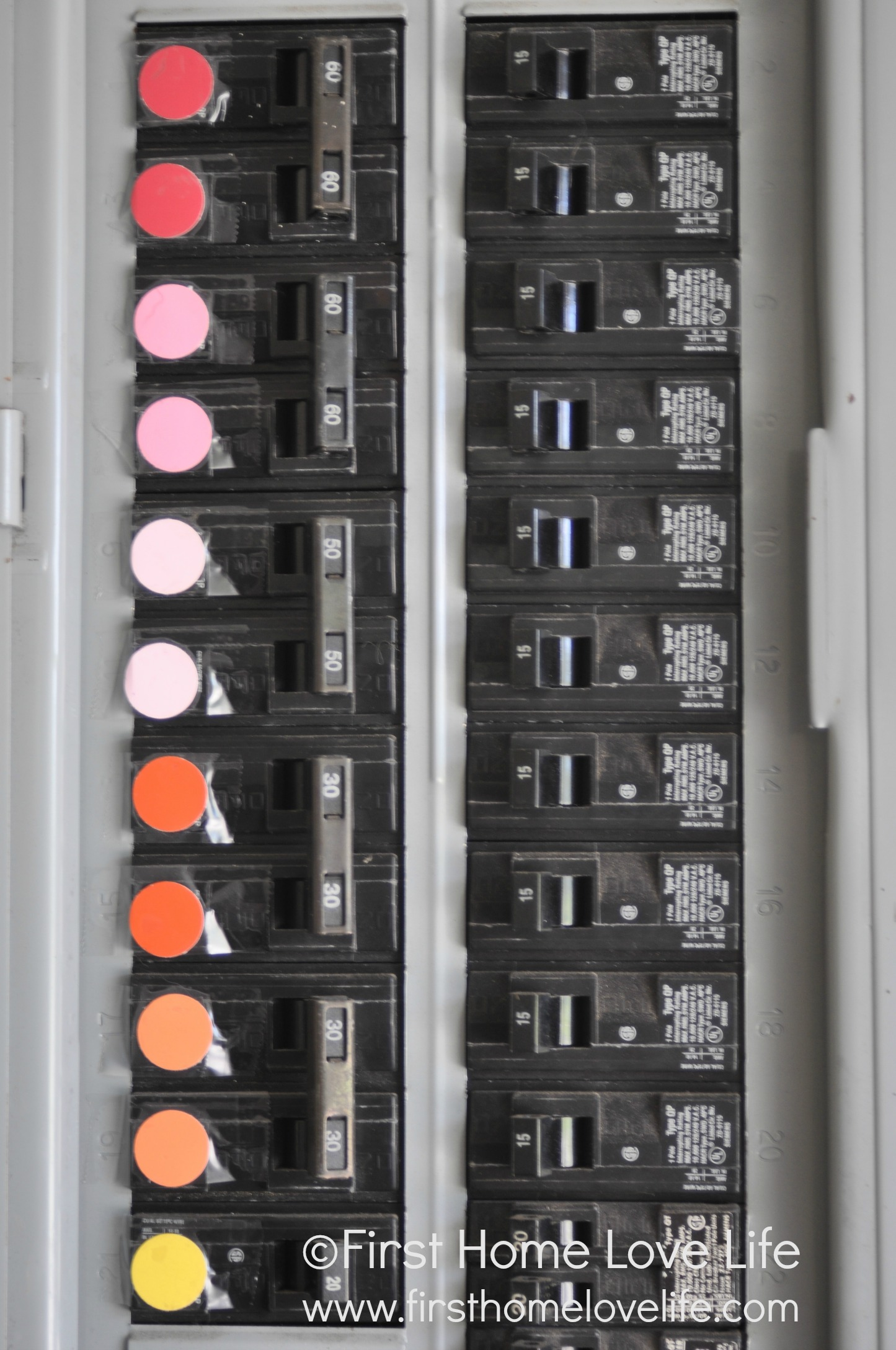 Color Coding Your Circuit Breaker Box First Home Love Life 06turnoffcircuitbreakerbox Doublebox