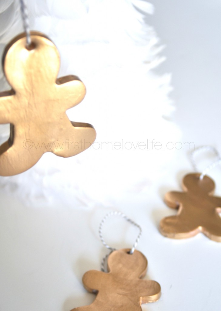 hanginggingerbread