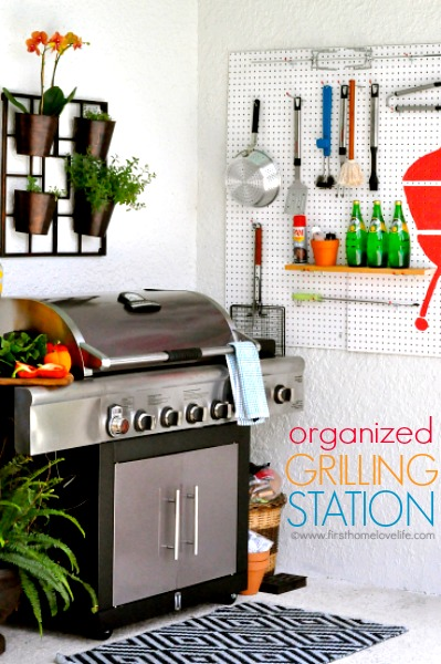 diy outdoor kitchen grilling station via www.firsthomelovelife.com
