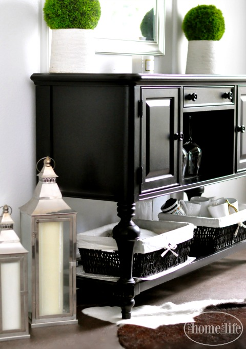 black dining room furniture via firsthomelovelife.com