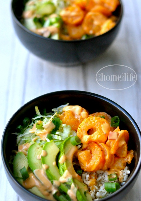 if you love bang bang shrimp than you will love these spicy shrimp bowls! via www.firsthomelovelife.com