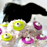 A fun alternative to your normal cake pop ideas. These Halloween red velvet cake eyeballs and the perfect Halloween treat! Get the recipe for these Halloween cake eyeballs at firsthomelovelife.com