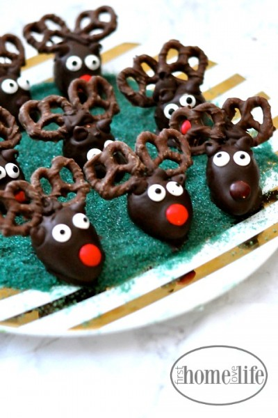 Reindeer Strawberries