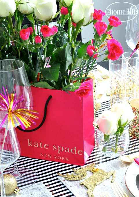 shopping-bag-floral-arrangement-kate-spade-shopping-bag-via-firsthomelovelife-com